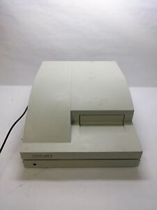 Perseptive Biosystems Cytofluor Ii Multi well Microplate Reader