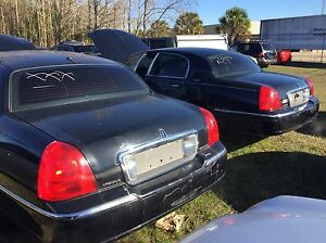 2009 Lincoln Town Car Limited Trunk