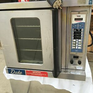 Duke 5 9 e3zz Commercial Electric Programmable Convection Oven Vvc 205 W stand