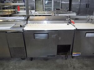 True Tpp 44 44 One Door Refrigerated Pizza Prep Table Stainless Steel