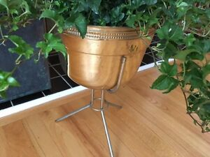 Vintage Mid Century Modern Brass Plant Stand Tripod Contempora Bullet Planter