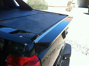 2007 2013 Cadillac Ext Rear Tailgate Edge Protector Moulding