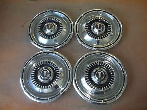1965 65 Plymouth Satellite Valiant Hubcap Rim Wheel Cover Hub Cap 14 Oem 572 4