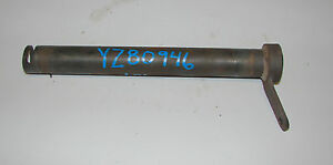 Yz80946 John Deere 4300 4200 44400 Clutch Override Shaft