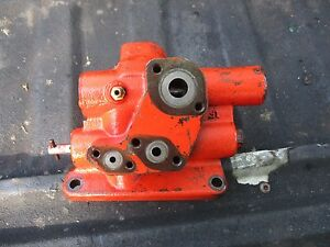 1976 1370 Case Diesel Farm Tractor Hydraulic Valve Free Shipping