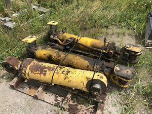 Hydraulic Cylinders For Komatsu Wa 450 3l Front End Loader S n A30260