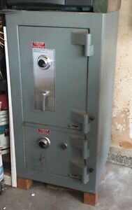 Amsec Safe Tl 30 Depository Safe