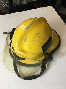 Cairns Commando 970 Eagle Fire Helmet Yellow Used