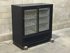 True Two Sliding Glass Door Drink Cooler Merchandiser