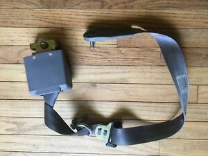 1996 Ford F250 Extended Cab Rear Driver Side Seat Belt Grey Obs