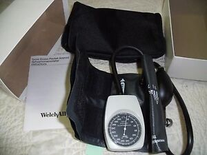 Welch Allyn Tycos Pocket Aneroid Sphygmomanometer W adult Size 11 Cuff 7050 14 K