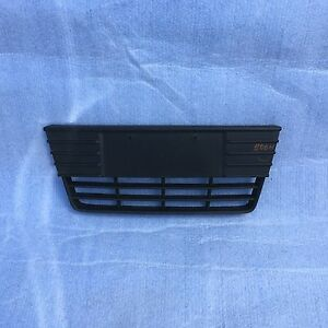 2012 2013 2014 2015 Ford Focus Front Bumper Lower Center Grille Oem