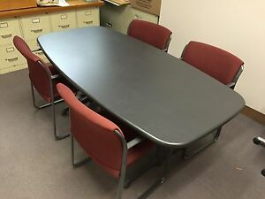 Steelcase 72 x36 Boat Shaped Conference Table And Six Chairs