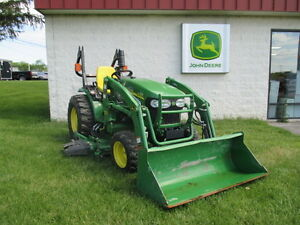 John Deere 2520 Compact Tractor With Loader And 62 Mower