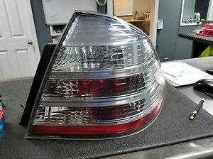Tail Light Assembly Ford Taurus Right 08 09