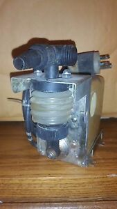 Iwaki Walchem Pump Sp60 30 30psi V 115 Hz 60 1 1 Amps Model N50770