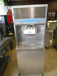 Taylor 8756 Soft Serve Ice Cream Yogurt Machine 3 phase Water Cooled