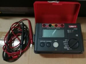 Uni t Ut522 Megger Digital Earth Ground Insulation Resistance Testers 4000