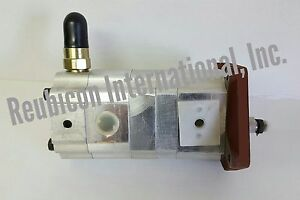 Mahindra Tractor Hydraulic Pump With Relief Valve 7415