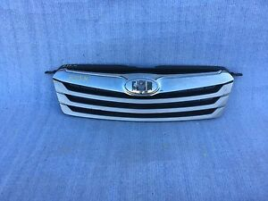 2010 2011 2012 Subaru Outback Front Bumper Grille Oem