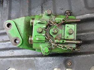 1964 John Deere 2010 Gas Farm Tractor Hydraulic Outlet Coupler Block Free Ship