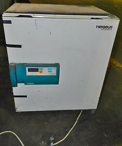 Heraeus Ut 12 Forced Convection Drying Oven 250 C