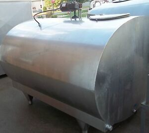 Mueller 700 O 38852 Stainless Steel Bulk Milk Cooling Farm Tank