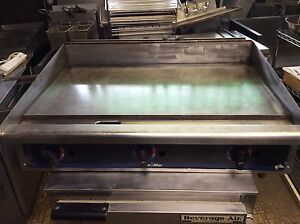 Star Max 36 Thermostatic Controlled Gas Griddle Super Clean