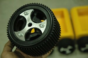 Unmanned Ground Vehicle Wheels For Precision Traction On Glass Smooth Surface