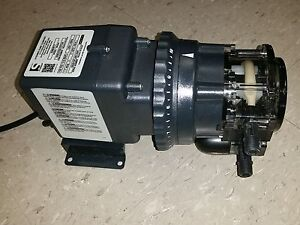 45m2 45mjl2a1s New Stenner 10 Gallon Per Day Chlorine Injection Pump