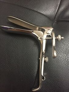 Br Surgical Br70 11022 Medium Graves Vaginal Speculum