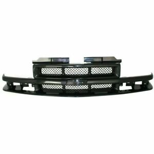 New Gm1200413 Black Grille W Emblem Provision For Chevrolet S10 1998 2003