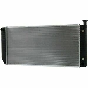 52481441 Radiator For 99 00 Cadillac Escalade