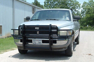 New Ranch Hand Grille Guard 94 95 96 97 98 99 00 01 02 Dodge Ram 1500 2500 3500