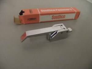 A7 11 301 30 Southco Fasteners Over Center Chrome Draw Latch
