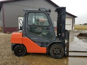 2012 Toyota 8fgu30 Forklift Enclosed Cab Solid Pneumatic Tires