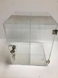 Clear Acrylic Locking Cube Countertop Display With Divider
