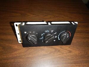 Jeep Cherokee Xj 99 01 Heater Heat Climate Control Fan Switch W A c Switches