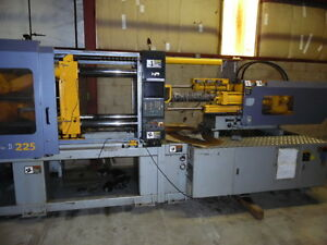 2002 Hpm 225 ton Plastic Injection Molding Machine