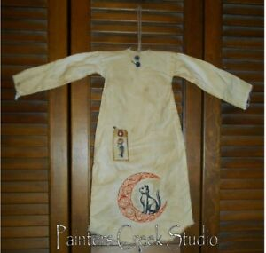 Primitive Decor Black Cat And Moon Nightshirt Cupboard Grungy Prim Halloween