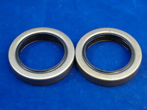 Two M35a2 2 5 Ton Transfer Case Output Seals M35 Rockwell M109 Military Truck