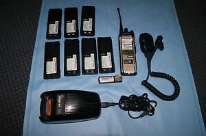 Motorola Astro Xts 5000 Model H18qdf9pw6an mic 7 Batteries And Charger