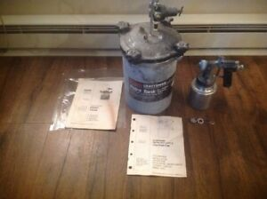 Craftsman High Pressure Pot Air 2 1 2 Gallon Industrial Paint Spray Gun Nice