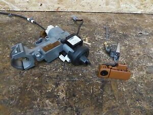 03 04 05 Infiniti Fx35 Key Ignition Switch Glovebox Lock Door Lock Oem