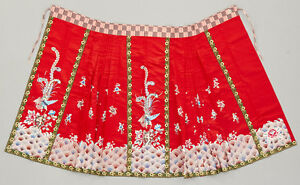 Antique 19th C Late Qing Chinese Hand Embroidered Silk Floral Pleated Skirt