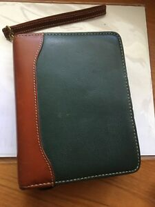 Compact 2tone Green brown Franklin Quest Leather Zip Planner With Strap