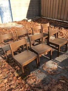 7 Matching Vintage Oak Chairs Library 16 1 2 W 27 1 2 H 15 Seat