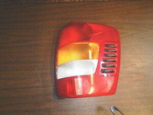 Jeep Grand Cherokee Wj 99 04 Oem Passenger Side Tail Brake Light Free Ship