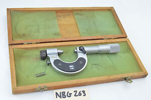 Mahr Micrometer Comparator 0 25mm Gage In Box Nice