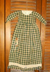 Prim Wall Dress Primitive Decor Green Tan Plaid Cluny Lace Homespun Grungy